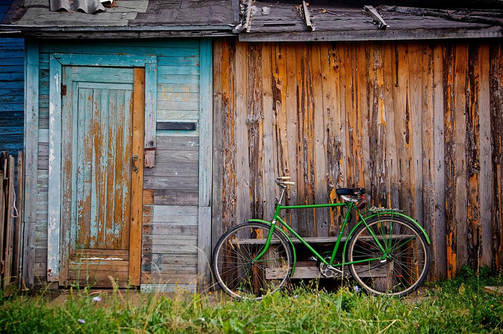 green-bike-1024x681 Weekend Reads. Inspiring Travel.