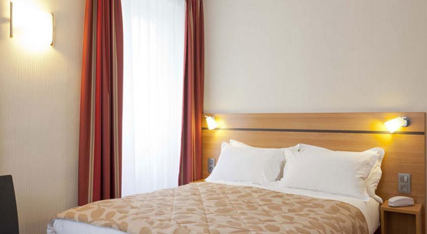 Hotel-Cujas-Pantheon1 Best Hotels In Latin Quarter Paris 2017