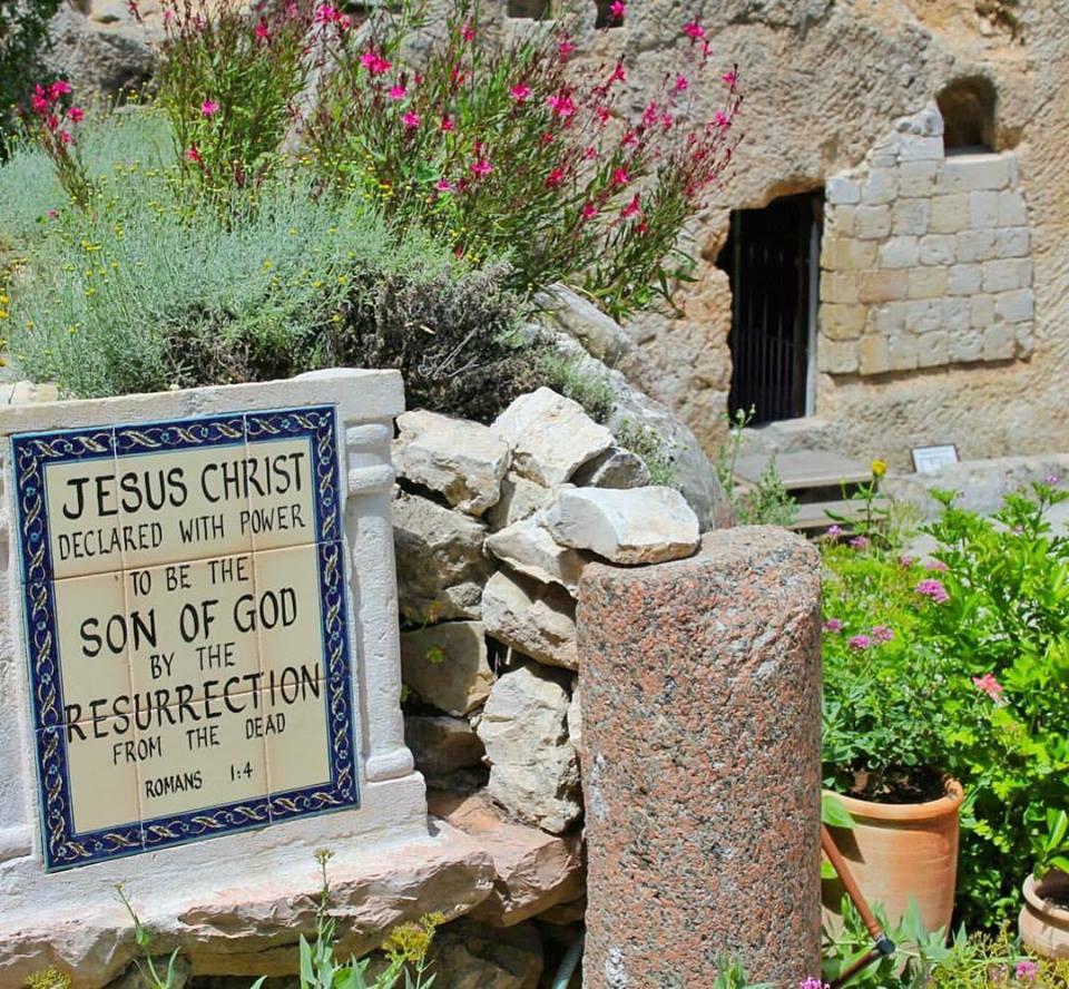 The-Garden-Tomb-The-Sweet-Wanderlust-1 Amazing Places Of Worship From Around The World