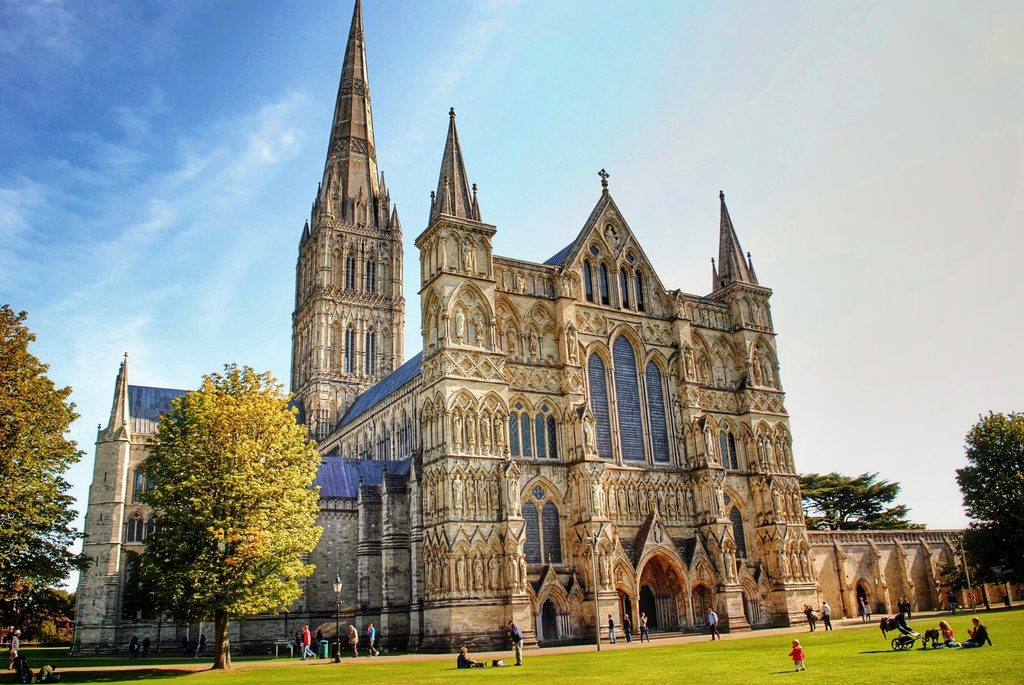 salisbury_cathedral-1-1024x685 Amazing Places Of Worship From Around The World